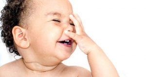 Happy-Baby-10-Ways-Make-Babies-Laugh